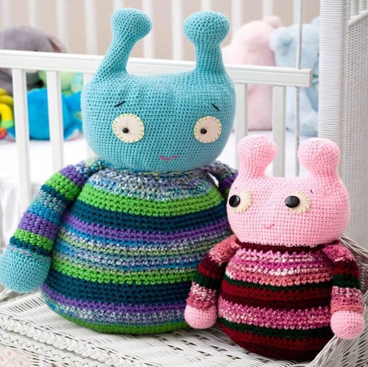 Adorable Crochet Aliens Amigurumi - Free Pattern, alien amigurumi pattern, frendly alien crotchet amigurumi,free amigurumi pattern