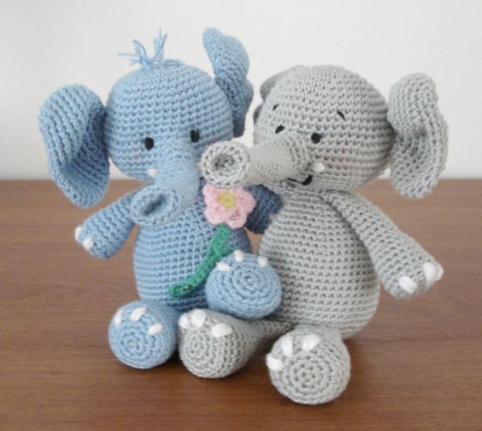 Elephant Amigurumi - Free Crochet Pattern • Craft Passion | 859x960