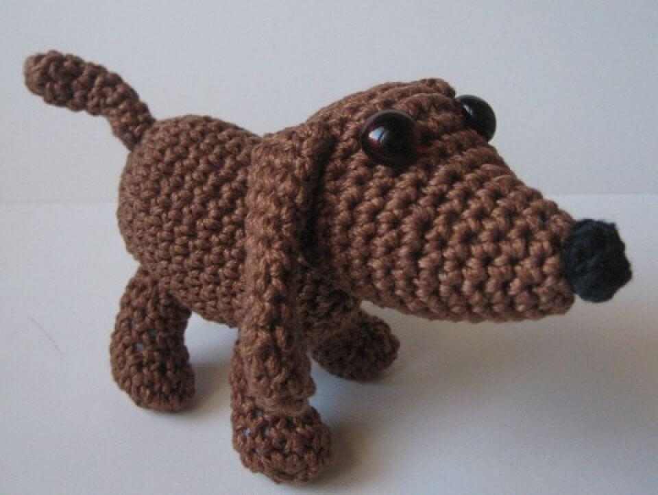 Crochet Old Dog Amigurumi - Free Pattern, old dog amigurumi pattern, free dog pattern, cute old dog crotchet pattern, free gift pattern