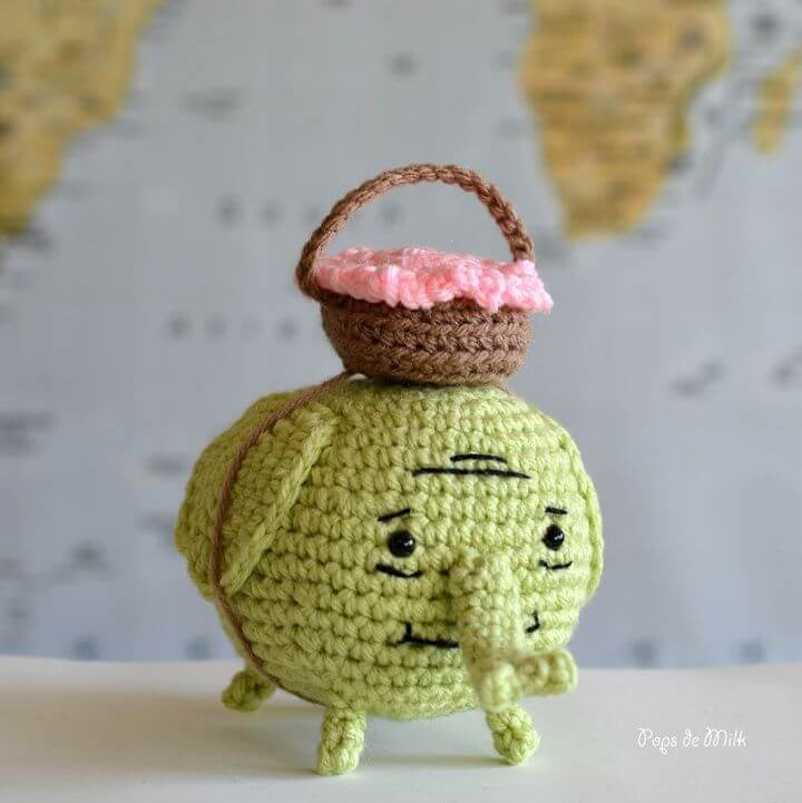 Crochet Tree Trunks Elephant Amigurumi - Free Pattern, adventurer, travel, gift,tree trunks,