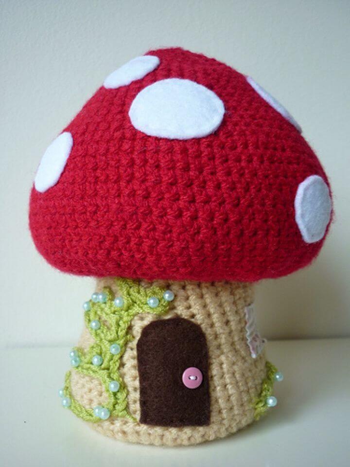 How to Crochet Korknisse and Toadstool Amigurumi, free korknisse crotchet pattern, amazing toadstool yarn pattern