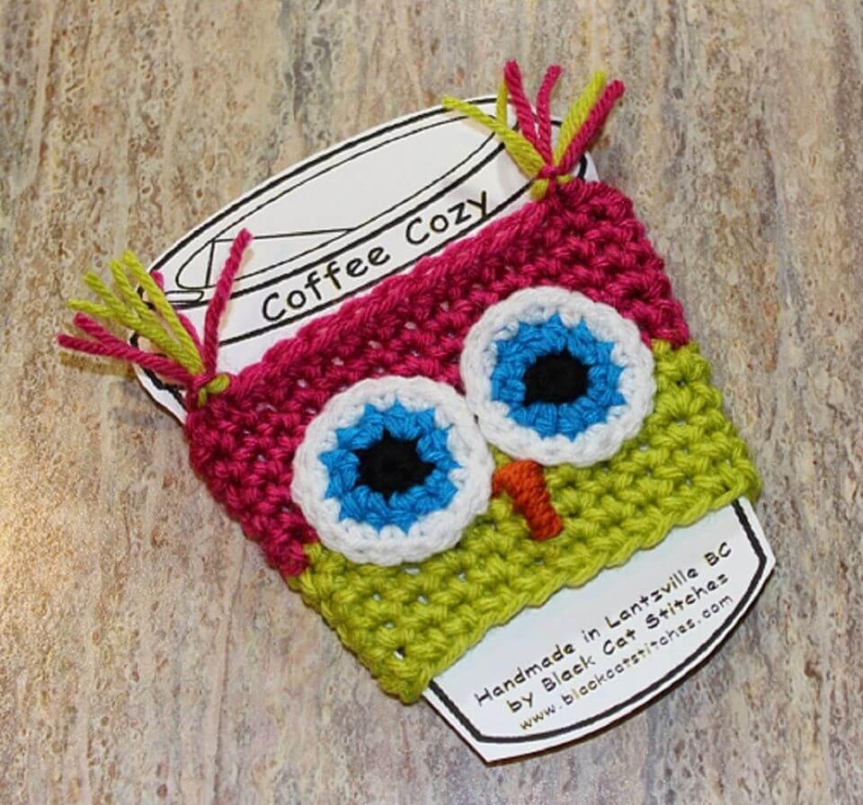 How to Crochet Owl Coffee Cozy - 35 Free Crochet Owl Patterns - Crochet Amigurumi | #crochet #crochetpattern #freecrochetpattern #freepattern #crochetlove #diy #gifts #diygifts #crafts  #amigurumi #amigurumipattern #amigurumicrochet #crochetamigurumi